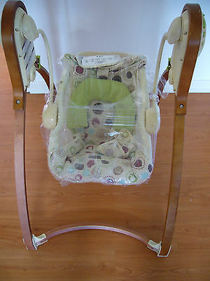 Fisher Price Baby Swing-Excellent Condition, Pickup Carrum.