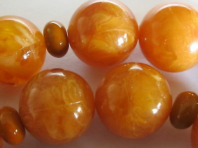 "vintage amazing large amber bead necklace, 28""  , 118 grams"
