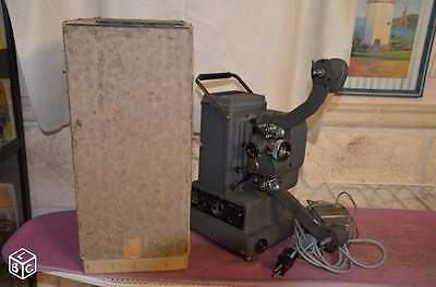 PROJECTEUR CINEMA 16 mm BOLEX PAILLARD G16
