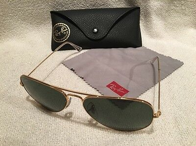 Ray Ban Large Metal Rim Aviator Sunglasses Glasses. With Case And Cloth. RB3025