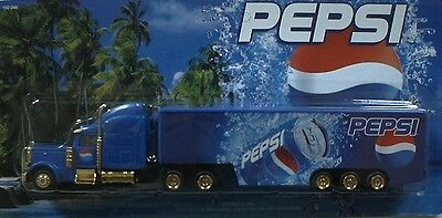 Pepsi Cola - On the beach (N° 2)  / truck US Freightliner, Scale HO/1:87