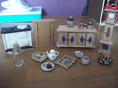 dolls house miniatures mixed lot