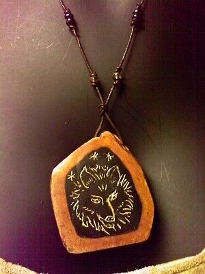uNiQuE Petrified wood agate gemstone Carved Wolf & Star pendant leather necklace
