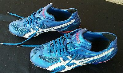 Mens Asics. TIGREOR. HG 10mm. Size 9 US. 27cm. Excellent Condition.