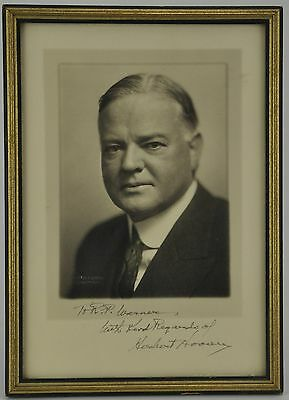 Herbert Hoover Harris & Ewing Photo Signed as President - Framed (BI#MK/BR)