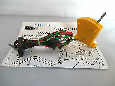 Hornby R405 Two Aspect Electric Signal With Switch. Ho/oo Gauge. Unused No Box