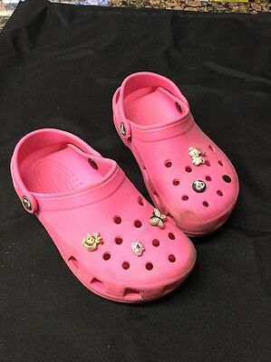 Girls Crocs Clogs Shoes Pink Size Girls 3-5 With Pins