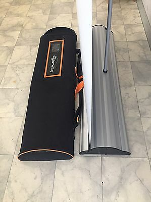 Deluxe pull up banner with bag