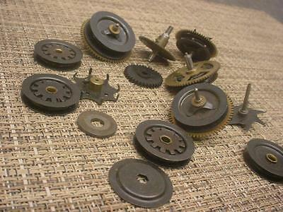 Lot of Vintage German Black Forest Cuckoo Clock Parts Clutch Wheels   E971c