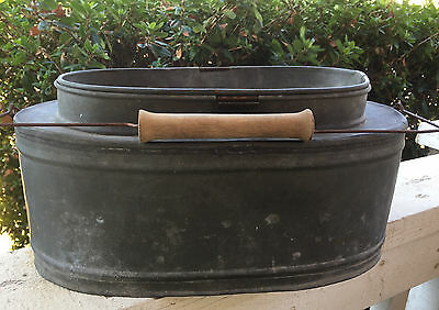Large Vintage French Oval Galvanized Zinc Fishing Creel Bait Bucket w/ Handle