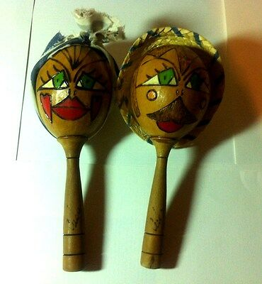 Maracas Habana Men Womens Lot Of 2 Engraved Painted & Hats Collectibles