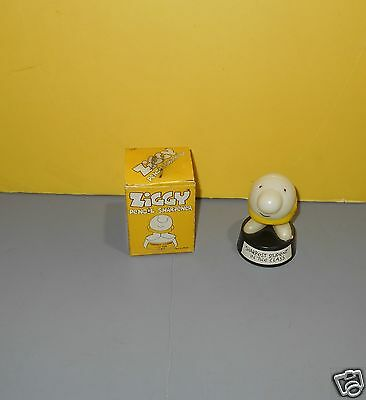"""1978 ZIGGY Vintage Pencil Sharpener """"Sharpest Student in the Class"""" Orig Box"""
