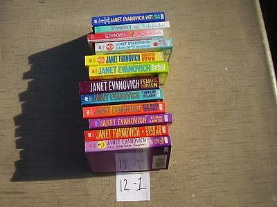 Lot of 12 Paperback books Janet Evanovich and more. B12 - 1