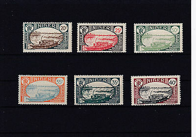 Lot 004 : timbres Niger*/.