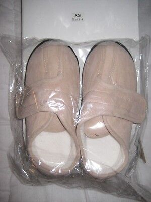 Ladies Slippers  Size 3 -4 Easy Cross Over