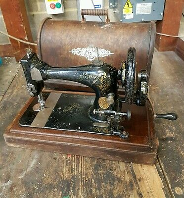 RARE Antique 1890 SINGER Hand Crank Sewing Machine Shabby Chic (works fine)