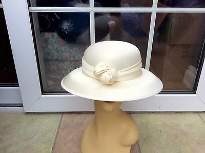 Ladies Vintage Cream Hat Weddings/races/special Occ's New W/o Tags By Kangol