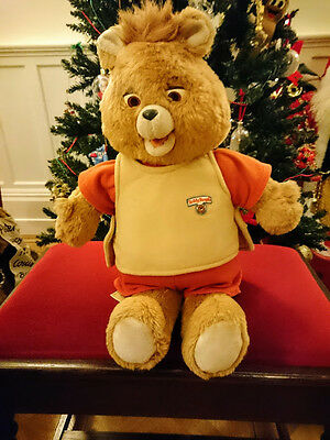 Teddy Ruxpin 1985 working with tape