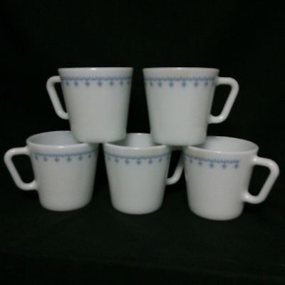 (5) Vintage Pyrex Blue Snowflake on White 1410  Cups- 10 ounce Excellent