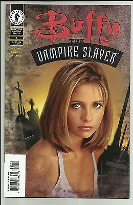 Buffy the Vampire Slayer #1 - first Dark Horse Buffy Comic - Special photo cover