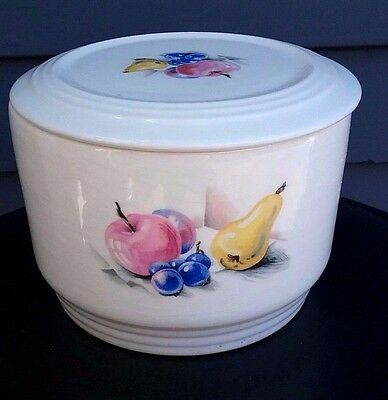 Vtg ceramic Knowles Utility Ware 46-2 refrigerator storage covered bowl fruit