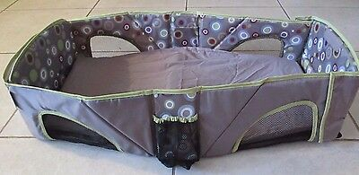 Summer Infant Deluxe Foldable Portable Travel Bassinet Bed Crib Diaper  NWOT