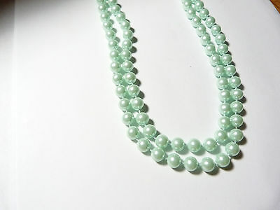 Vintage light green faux pearl beaded flapper length costume necklace 58 inches