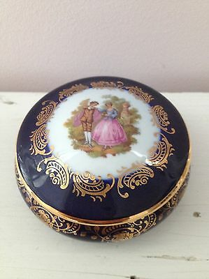 Gorgeous VINTAGE FRENCH TRINKET BOX - Limoges Made In France