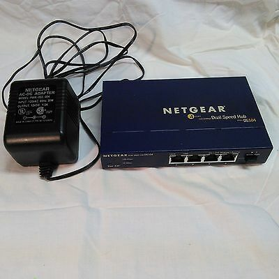 NETGEAR DS104 4 Port 10/100 MB DUAL SPEED HUB EXCELLENT CONDITION