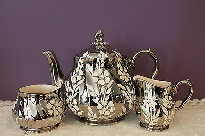 Sadler England Silver Swirl Teapot, Cream And Sugar With White Flower #2761