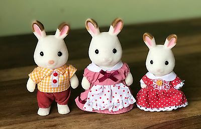 Sylvanian Families CHOCOLATE RABBIT FAMILY Of 3 in VGC