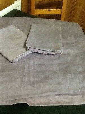 Linea Super King Size Duvet with 2 Matching pillow cases