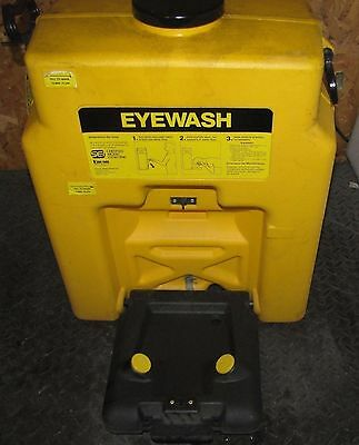 Encon Gravity Feed Eyewash Station (#1260)