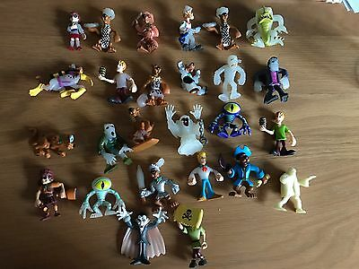 Scooby doo figures x 26 mix lot glow in dark and normal