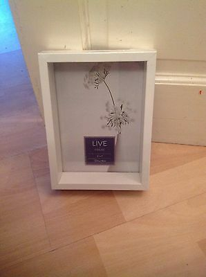 """White 5"""" X 7"""" Live Photo Frame Brand New In Wrapper"""