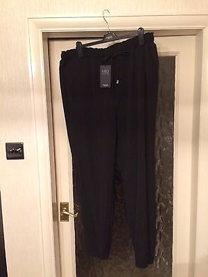Ladies Marks And Spencer Trousers Size 18 Long. New With Tags