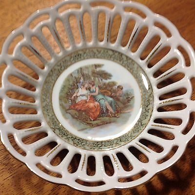 Dresden Reticulated Bowl  With Country Scene6.5""