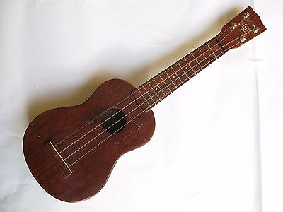Aloha Royal Mahogany Soprano Ukulele and 1966 instruction manual