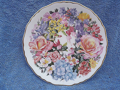 ROYAL ALBERT 'derby bouquet' FINE BONE CHINA COLLECTOR'S PLATE