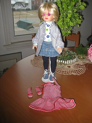 """!4"""" Tonner Jane Doll Make Over with Sunglasses Denim and Sunshine Smile Outfit"""