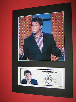 MICHAEL McINTYRE COMEDIAN A4 PHOTO MOUNT SIGNED PRE-PRINTED LEE EVANS
