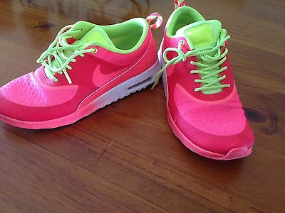 Womens Nike Size 8 Shoes Runners Sneakers Bright Orange And Green
