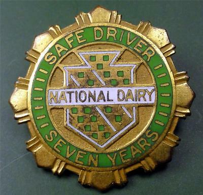 Vintage Service Pin NATIONAL DAIRY SAFE DRIVER 7 YEARS (So.Ca.?) 25mm ME2843