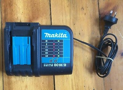 Makita Battery Charger  Dc18RC In Perfect Working Condition