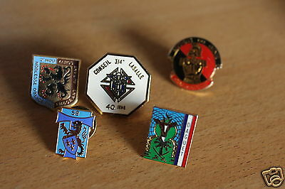 5 x FRENCH Militaria/AIRBORNE/Army pin BADGEs