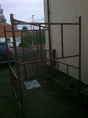 5.4m*1.25m 12 section steel scaffold tower - good nick