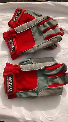 2 pairs of Musto Performance Sailing Gloves size L & Size S