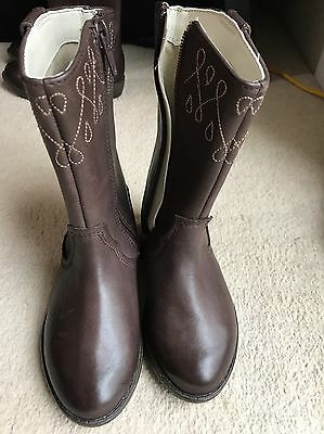 Clarks Girls Biddie Dress Brown Leather Cowboy Style Boots size 7G NEW