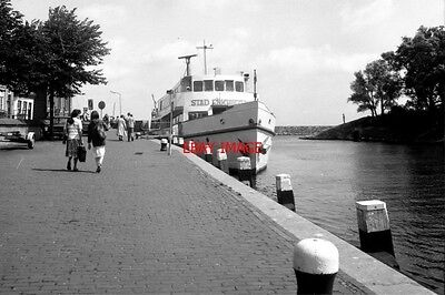 Photo  Netherlands Canal 1981 Enkhuizen View From Boat