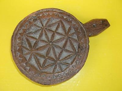 68 / Antique Hand Carved Fruit Wood Culinary Biscuit  Mould / Stamp